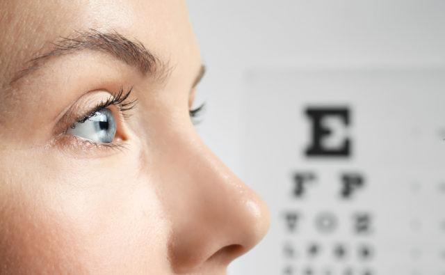 Ujęcie na oczy kobiety