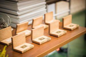 Pudełeczka z medalami w edycji regionalnej konkursu Lodołamacz